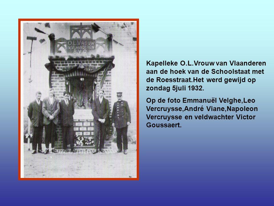 Het eeuwen oude Kutskapelleke aan de hoeve van Albert Vandorpe,afgebroken in 1968 en heropgebouwd in de Leiestraat in 1972