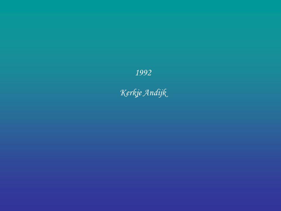 Vrnl: Perry, Yolanda en Marieke. Piano 3-daagse in de Doelen in Rotterdam 1991 geen Leerlingenconcert