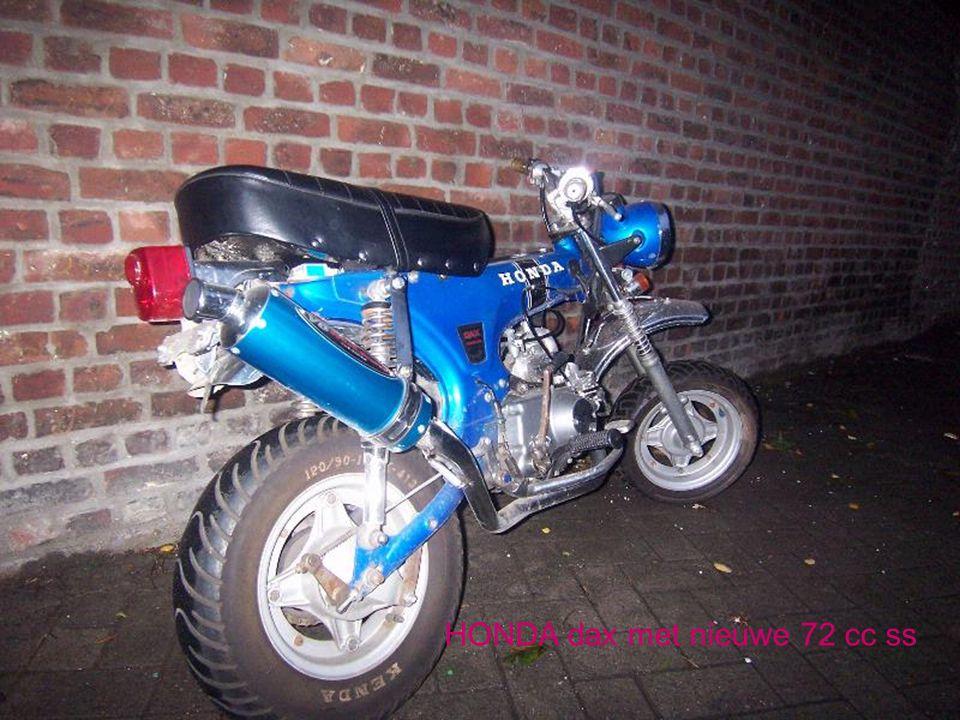 Honda DAX st50 1975