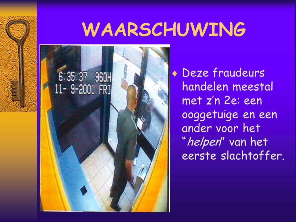  Wij zien hier t slachtoffer de aangepaste geldautomaat gebruiken.