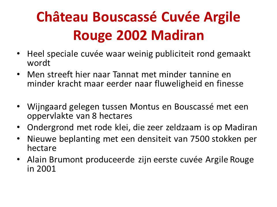 Château Bouscassé Cuvée Argile Rouge 2002 Madiran • Heel speciale cuvée waar weinig publiciteit rond gemaakt wordt • Men streeft hier naar Tannat met