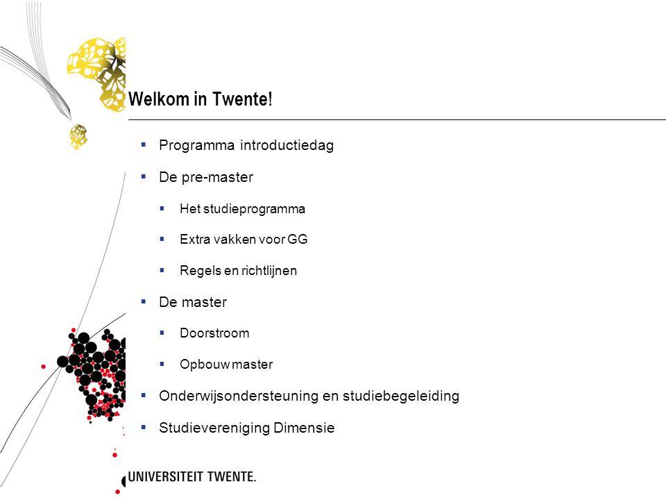 Programma introductiedag TijdstipOnderdeelLocatie 10.30 – 11.00Aanvang met koffie en theeFoyer Waaier 11.00 – 12.00Welkom/Informatie over de pre-master Psychologie Waaier zaal 3 12.00 – 12.45LunchFoyer Waaier 13.00 – 14.00Uitleg informatiesystemen Kennismaking met de informatiesystemen binnen de Universiteit Twente PC zaal Cubicus 14.00 – ± 18.00Middagprogramma - Rondleiding over de Campus - Boekenverkoop door Dimensie - Eten (BBQ) Campus UT (verzamelen CU)