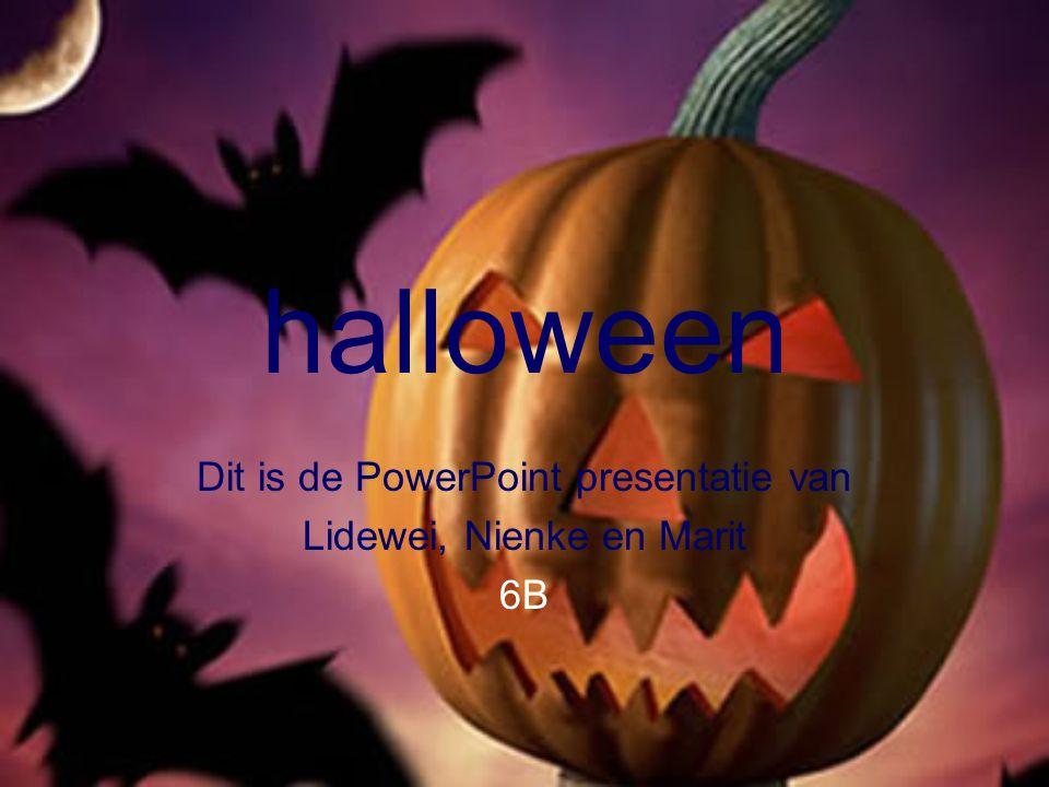 Rond gaan voor snoep Met Halloween ga je langs de deuren voor snoep.