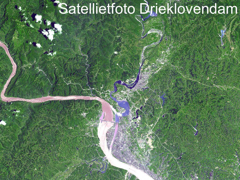 6 Satellietfoto Drieklovendam