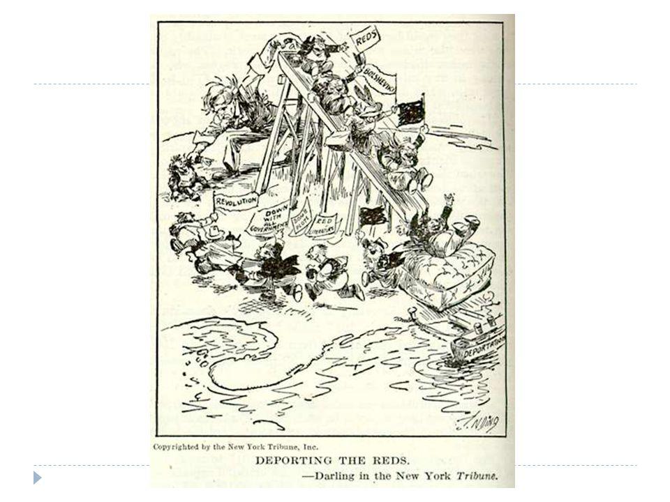 Roosevelt wijzigt buitenlandse politiek deels: 'Good Neighboor Policy' in Latijns-Amerika  Good Neighboor Policy: VS werkt nauwer samen met Latijns-Amerikaanse landen  Ingrijpen in jaren 30 neemt af  Open Door Policy in China onder druk door Japan (maar men grijpt niet in!)
