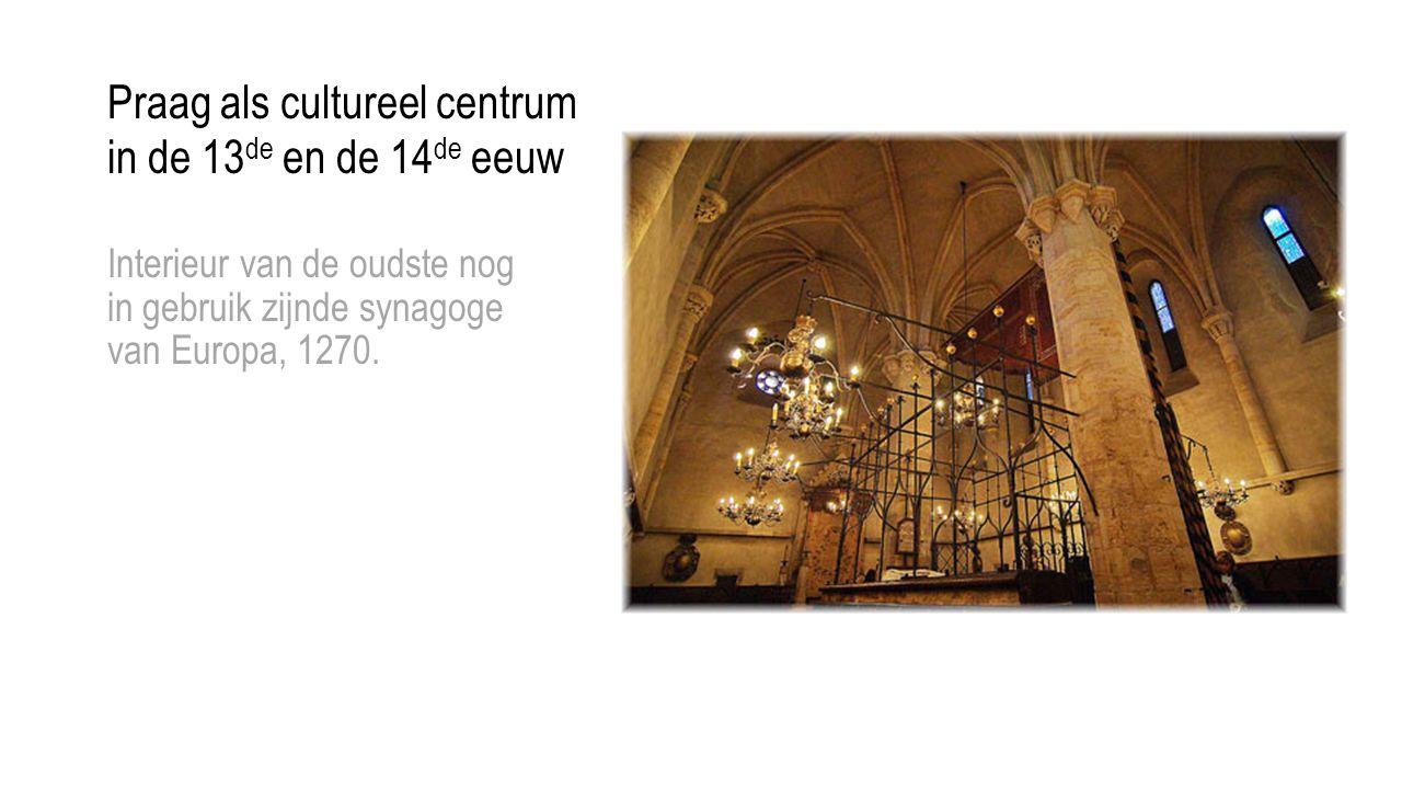 Interieur van de oudste nog in gebruik zijnde synagoge van Europa, 1270.