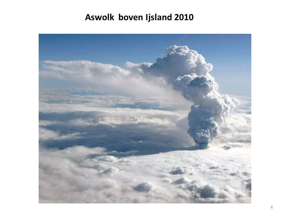 4 Aswolk boven Ijsland 2010
