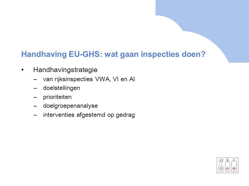 Eenduidig toezicht •Samenwerking –tussen inspecties: VI, AI en VWA; daarnaast SodM, Douane, IVW –met RIVM –met EU: ECHA (signalen) en Forum (handhaving) –met stakeholders: branches, NGO's • Integrale inspecties –een inspectiedienst per doelgroep/bedrijf –integraal, dus alle aspecten van REACH en EU-GHS
