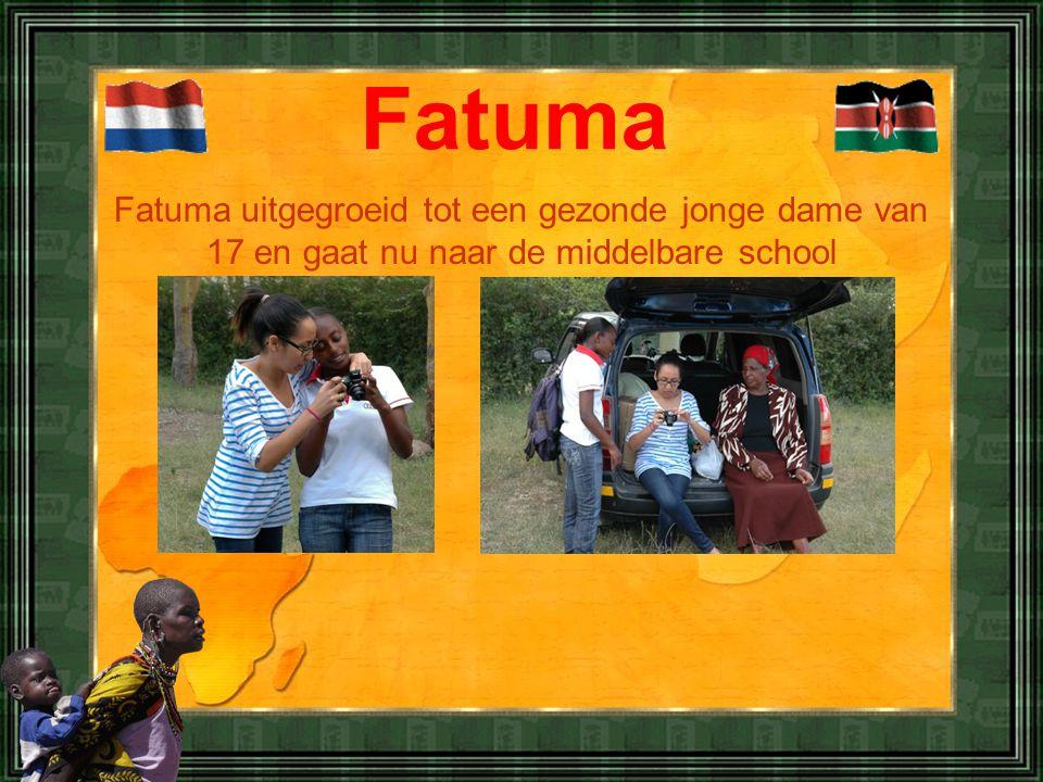 Fatuma uitgegroeid tot een gezonde jonge dame van 17 en gaat nu naar de middelbare school Fatuma