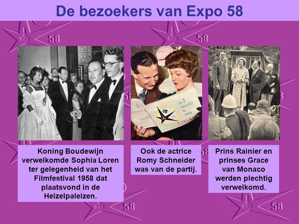 De bezoekers van Expo 58 De eerste bezoeker van Expo 58 was deze Texaanse heer die 3 nachten had gekampeerd omdat hij absoluut het allereerste ticket