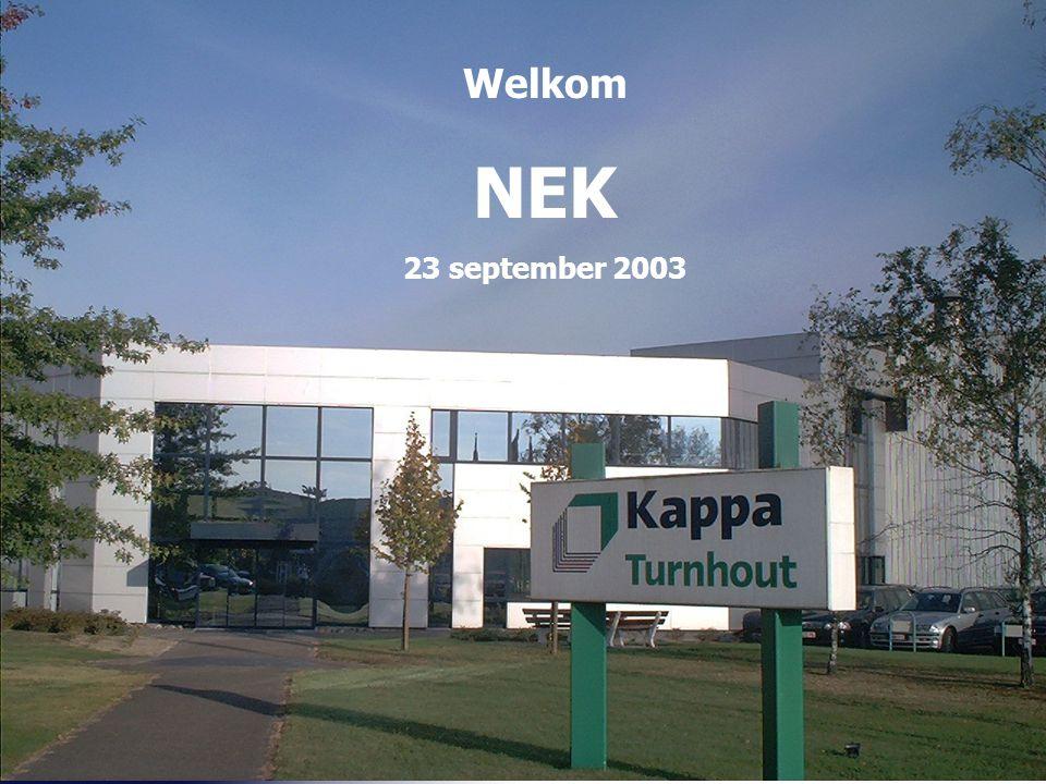 42 De basisgedachte achter ons bedrijf > Kappa Turnhout is de grootste golfkartonfabriek van de Benelux, die als all round producent er naar streeft: > Zo efficiënt mogelijk goede dozen te produceren > Dat te doen in een hygiënische en veilige werkomgeving > Te voldoen aan uw uitgesproken en liefst ook onuitgesproken verwachtingen > Vrijwel alles in eigen beheer te doen om zo onze grootte te gebruiken om voor u flexibel te zijn > Als u dat wilt, u kan ondersteunen met Kappa verpakkingsmachines, doos- en doosgebruiksanalyses en logistieke ondersteuning & advies > Bovenal mensen centraal plaatst en vanuit die denkwijze bijvoorbeeld diegenen waar u zaken mee doet alle informatie en beslissingsbevoegdheden geeft, zodat u makkelijk en efficiënt zaken kunt doen > Er, alles samenvattend,naar streeft het inkopen van karton voor u als klant net even eenvoudiger en sneller te maken dan u van onze branche gewend bent