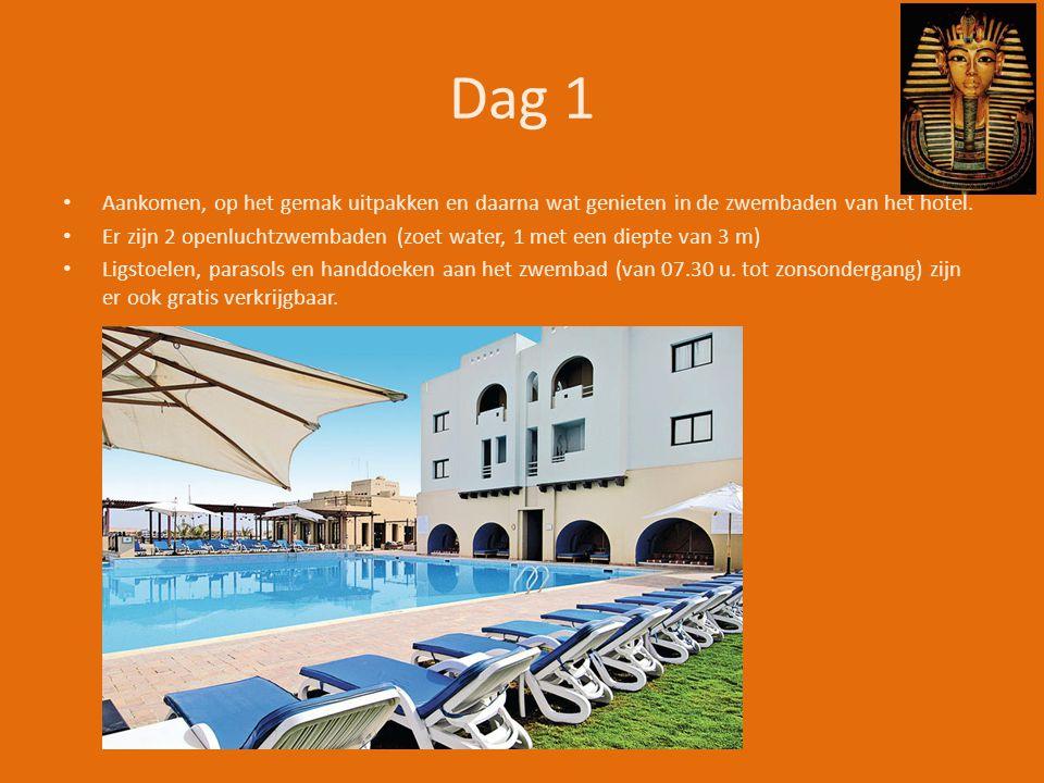 Dag 1 • Aankomen, op het gemak uitpakken en daarna wat genieten in de zwembaden van het hotel.