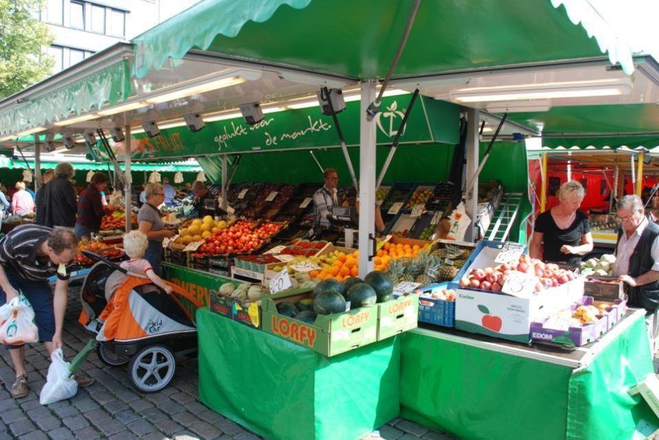 MARKT GRONINGEN Op de Vismarkt en Grote Markt