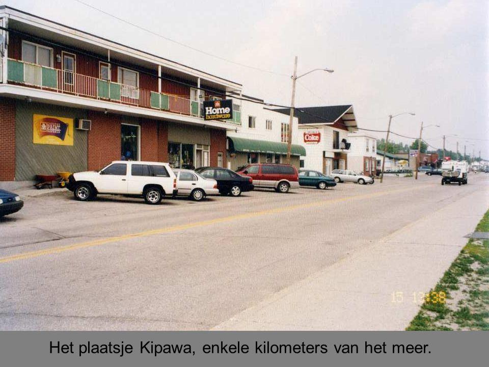 Het plaatsje Kipawa, enkele kilometers van het meer.