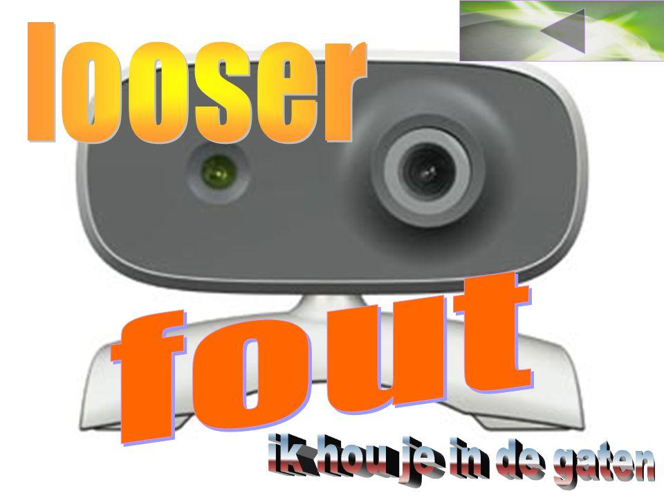 De xbox 360 is op 2 december 2005 in Nederland uitgekomen. Vraag2: In welk land is de xbox 360 als eerst uitgekomen.