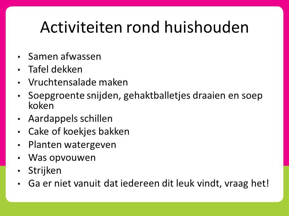 In beweging blijven • YouTube: video muziek bewegen en dansen • Lopen naar huiskamer, eetkamer, toilet in plaats van met de rolstoel • Samen boodschappen doen • Beweegtoestellen (in Rotterdam) • Wandelclub • Sjoelen • Duofiets
