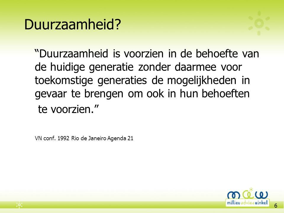 17 Oplossing Broeikasgasemissies in Vlaanderen reduceren Industrie kan op korte termijn tot 15% energiegebruik besparen 50% CO 2 -emissies elektriciteitsector in Vlaanderen door steenkoolcentrales In het wegvervoer kan tot 40% CO 2 -emissies worden gereduceerd Belgen verbruiken meer energie in hun huizen dan Scandinaven (figuur: energie verlies via muren van woningen in Europa) Klimaatverandering >