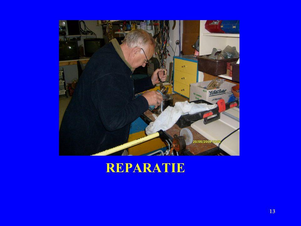 DIA VOORSTELLING REPARATIE NAAIATELIER TOEKOMST? RENOVATIE NAAIMACHINES TENSLOTTE 12