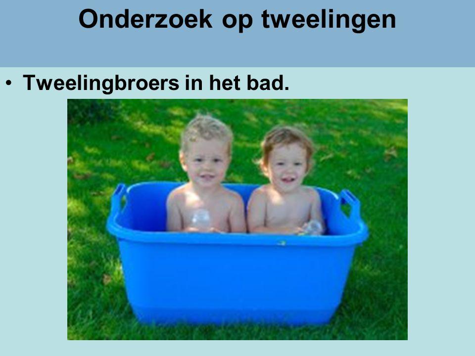 Dr Peet H Botha35 Onderzoek op tweelingen •Tweelingbroers in het bad.