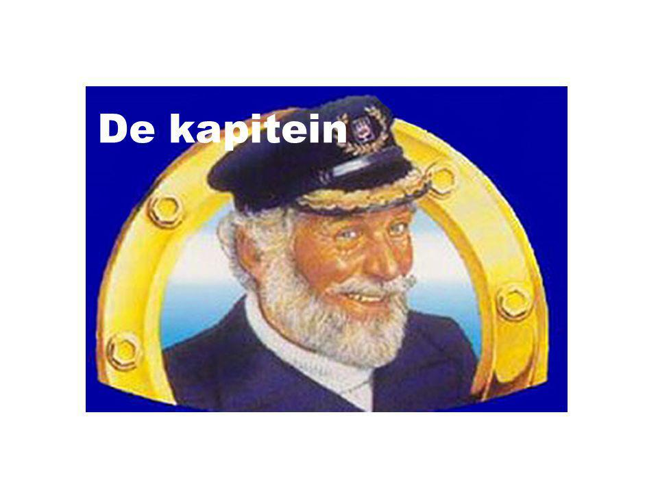 De kapitein De zee De nacht ligt glad Probleemloos voor me uit En de verwachtingen zijn eindelijk eens goed Vannacht een keer geen regen Voor een keer geen storm Eindelijk een nacht zoals het moet