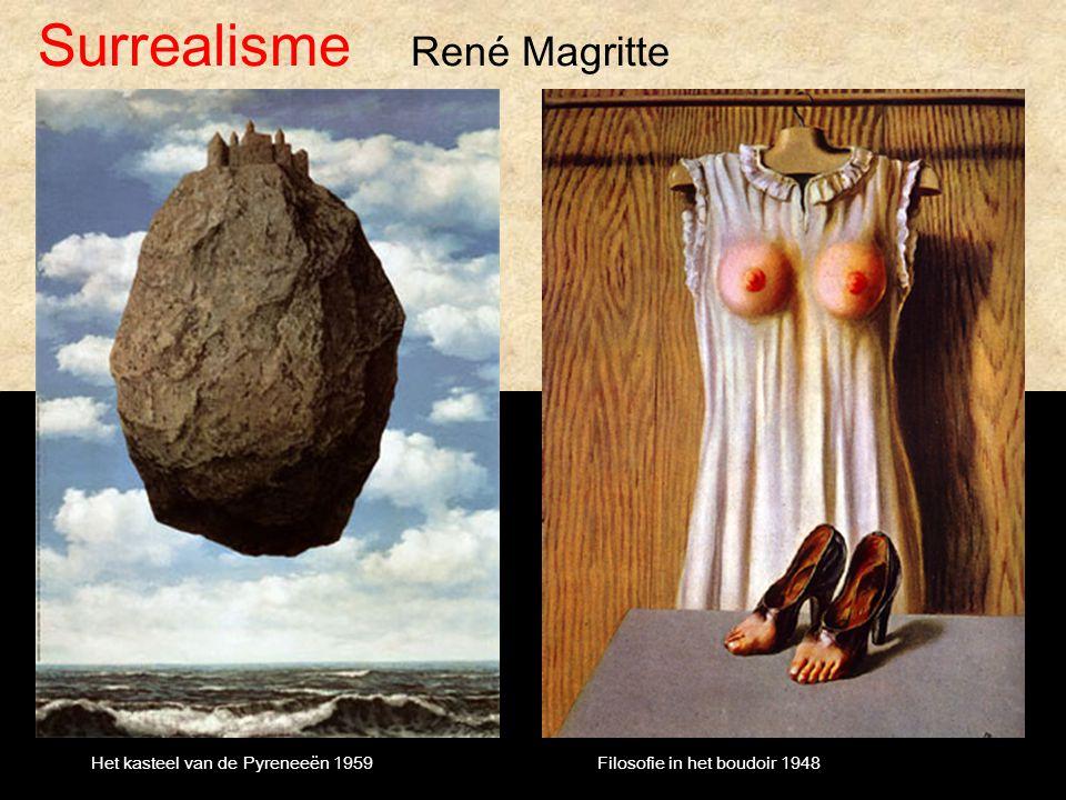 Surrealisme René Magritte Het kasteel van de Pyreneeën 1959Filosofie in het boudoir 1948
