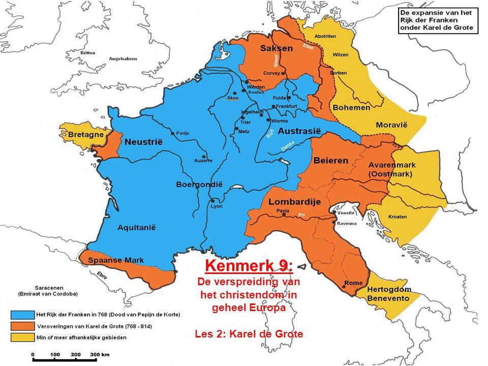 Karel en grote problemen •In 768 werd Karel Koning der Franken –Hij zou de grootste worden –Maar hij erfde grote problemen •Invasies van alle kanten (zie dia)zie dia •Verdeeldheid in het rijk –edelen deden zelf wat zij wilden •Grote armoede in het rijk •Weinig ontwikkelde onderdanen •Een slecht bestuur –analfabetisme •Karel trachtte deze problemen tegelijk op te lossen.