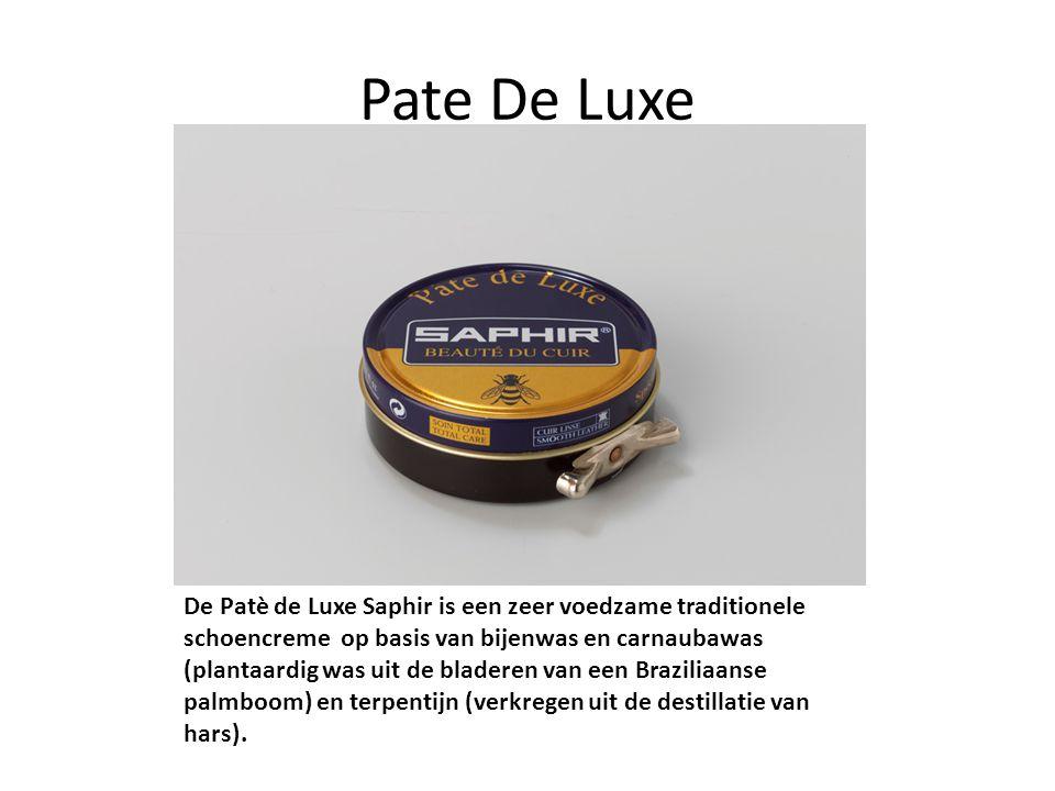 Pate De Luxe De Patè de Luxe Saphir is een zeer voedzame traditionele schoencreme op basis van bijenwas en carnaubawas (plantaardig was uit de bladere