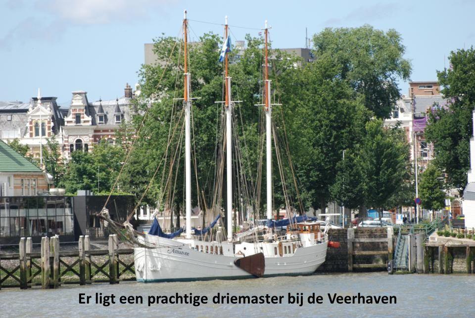 De Veerhaven, gezien vanaf de Wilhelminapier