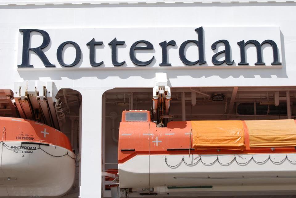 De Rotterdam is op 21 juli 2012, al op 111 meter hoogte, er moeten nog 38 meter bij dan is ie op hoogte