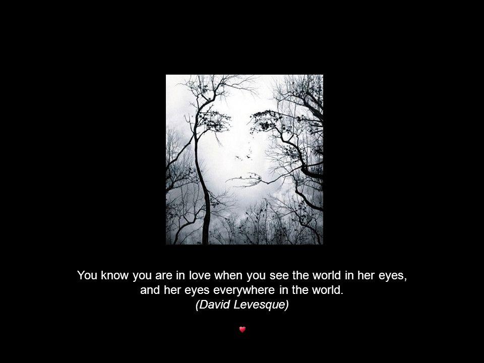 Maar misschien ben ik gewoon een ouderwetse romanticus, die nog geloofd in liefde en verliefd zijn.