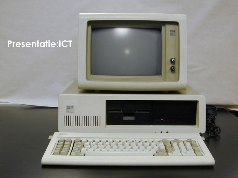 Het Internet is ontstaan in de 60er jaren als een project van het Ministerie van Defensie van de Verenigde Staten.