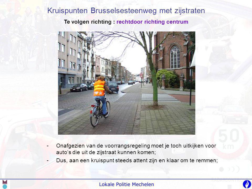 -G-Goed uitkijken naar andere fietsers op het fietspad.