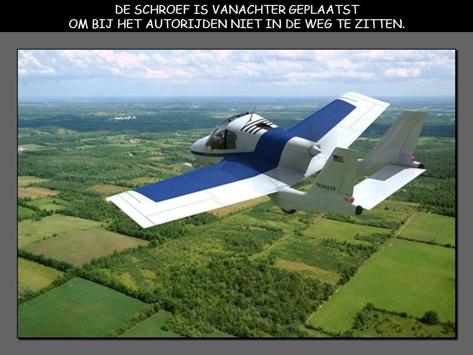 DE MAXIMUMSNELHEID ALS AUTO 105 KM/HR, ALS VLIEGTUIG IS DAT 185 KM/HR.