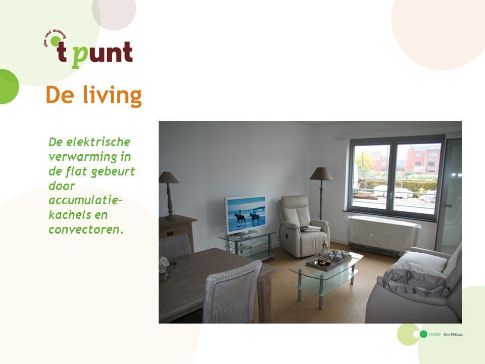 De elektrische verwarming in de flat gebeurt door accumulatie- kachels en convectoren.
