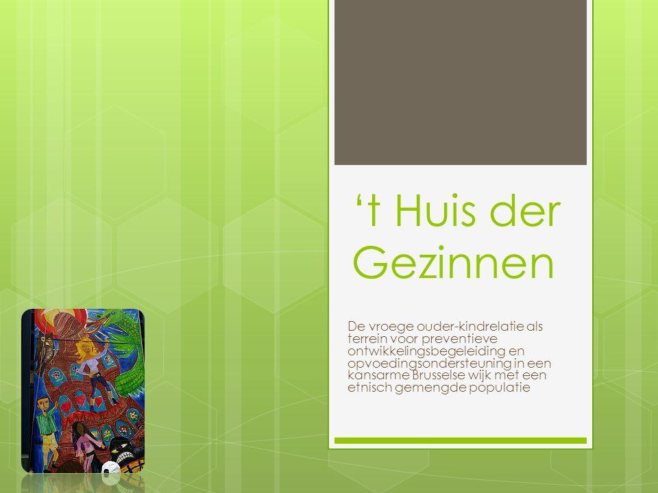 Voorgeschiedenis  In 1998: Verhulst – Eeckhoutsprijs (prijs voor maatschappelijk engagement van een arts) uitgereikt aan dokter Ferrant, die sinds 1976 huisarts is in de wijk Kuregem (Anderlecht)  Project in deze wijk verder uitwerken : inschakelen van psychologen en psychotherapeuten in een initiatief met lage drempel in de eerstelijnszorg  preventief hulpprogramma voor achterstelling en kansarmoede in migrantenpopulatie  Later ook: maatschappelijk assistent(e), diëtist(e), tandarts, logopedist(e), verpleegkundige, medisch antropoloog, pedagoog en psycholoog  Stilaan groeide de gevoeligheid voor het besluiten van de vraag naar hulpvraag of klacht