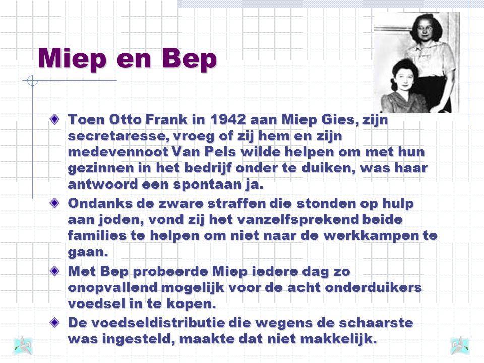 Boodschappen - 11 juli 1943 'Miep is precies een pakezeltje, die sjouwt wat af. Haast elke dag heeft ze ergens groente opgescharreld en brengt alles i