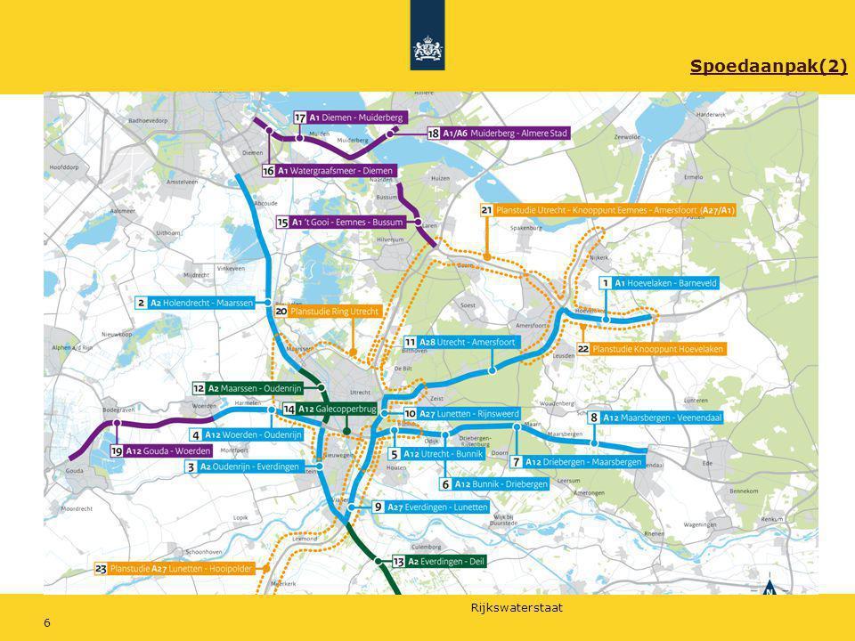 Rijkswaterstaat 27 Geluidsschermen Schuilenburg-Randenbroek Nu in 2011/2012 geluidsmaatregelen treffen die geluidsprobleem oplossen Ook rekening houden met de bewonerskant; geen hoge muur maar toepassing groene wanden en glas (sociale veiligheid, inpassing) Inpassing gaat ruimte kosten langs de nieuwe weg, in huidige groenzone park Schuilenburg zal scherm/wal oplossing gerealiseerd moeten worden.