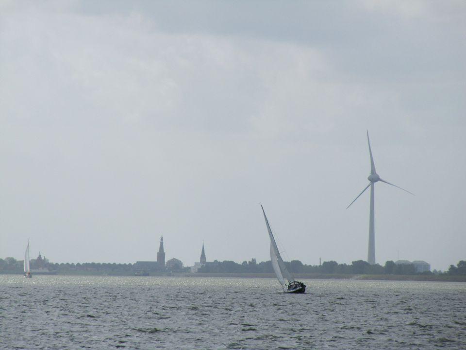Presentatie Buren van Lageweide 27 8 april 2013 Vereniging Omwonenden Windturbines