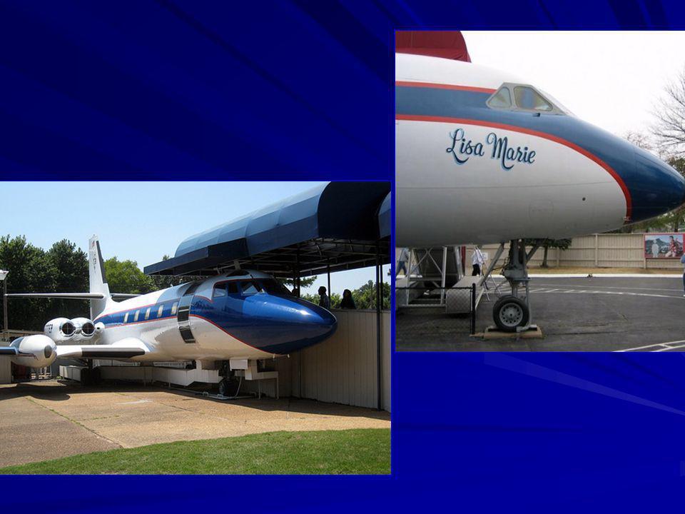 Elvis vliegtuig vernoemt naar zijn dochter Lisa Marie
