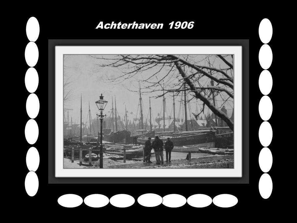 de H.A.L. vanaf de parkzijde gezien in 1947.