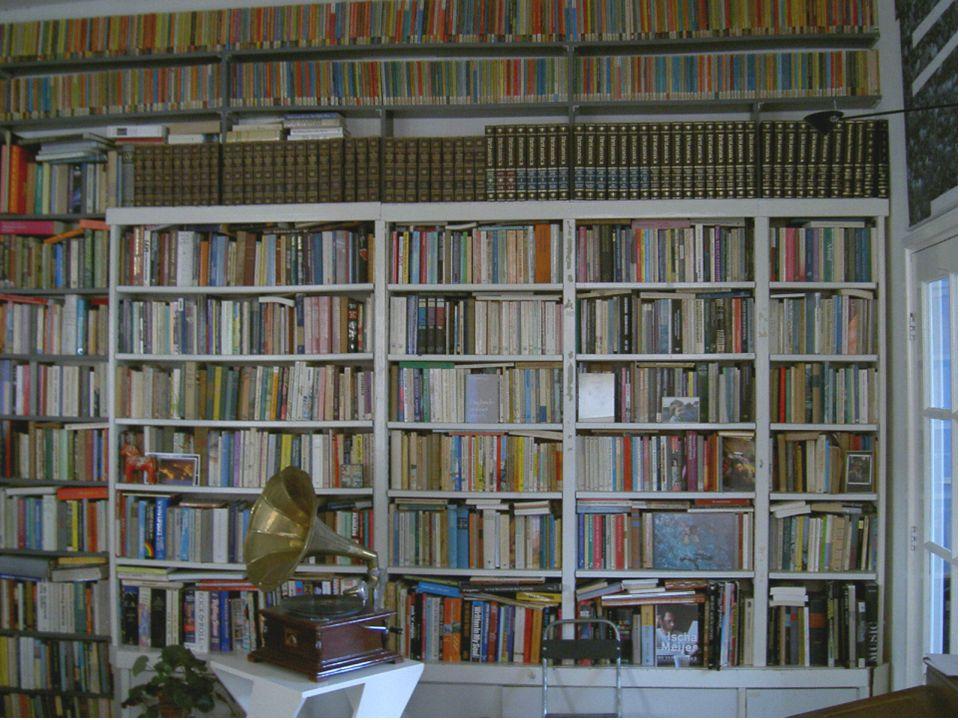 'Introductie tot het boekenvak: de boekhandel, een bedrijfseconomische benadering' Essentieel voor een gezonde onderneming is een goede omloopsnelheid of rotatie.