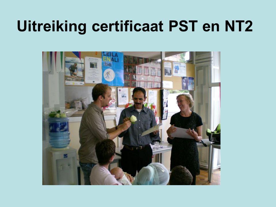Uitreiking certificaat PST en NT2