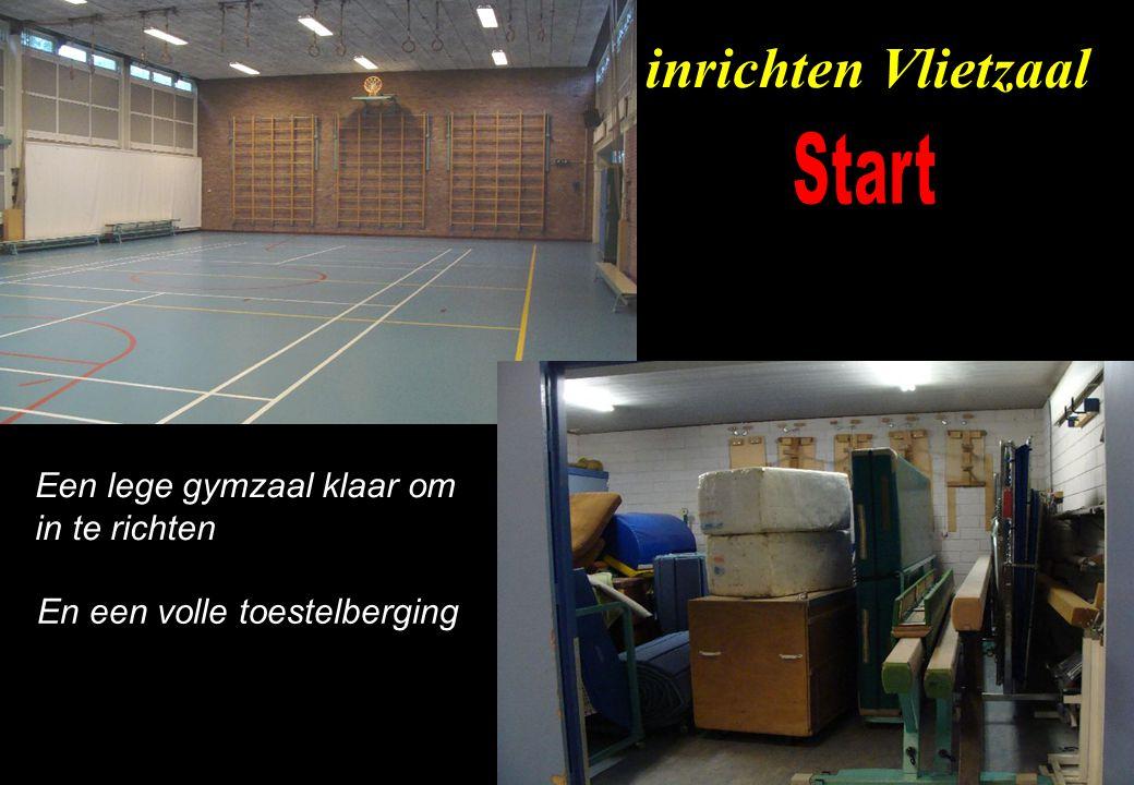 Een lege gymzaal klaar om in te richten En een volle toestelberging inrichten Vlietzaal