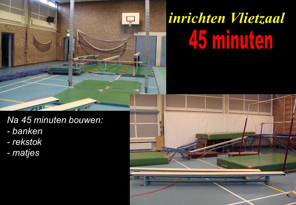 Na 60 minuten bouwen: - alles op zijn plaats - minitrampolines - flick flacker - luchtkussen inrichten Vlietzaal