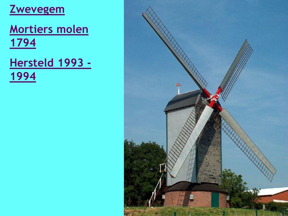 Zarren Wullepitmolen 1639 In 1923 overgebracht uit Zerkegem en gerestaureerd in 1998-2000.