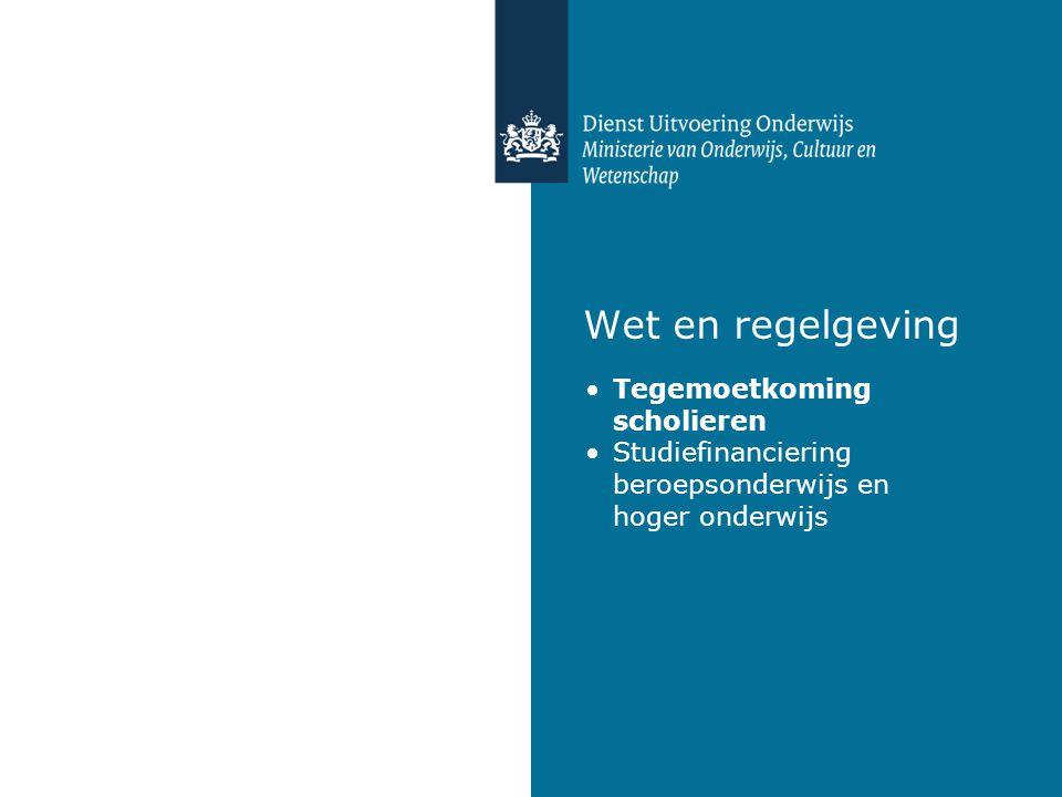 3 Tegemoetkoming scholieren (kwartaal ná 18 e verjaardag, VO voltijd) basistoelage  afhankelijk van woonsituatie aanvullende toelage  afhankelijk van inkomen ouders/verzorgers  inkomensgrens 2011-2012: € 34.425
