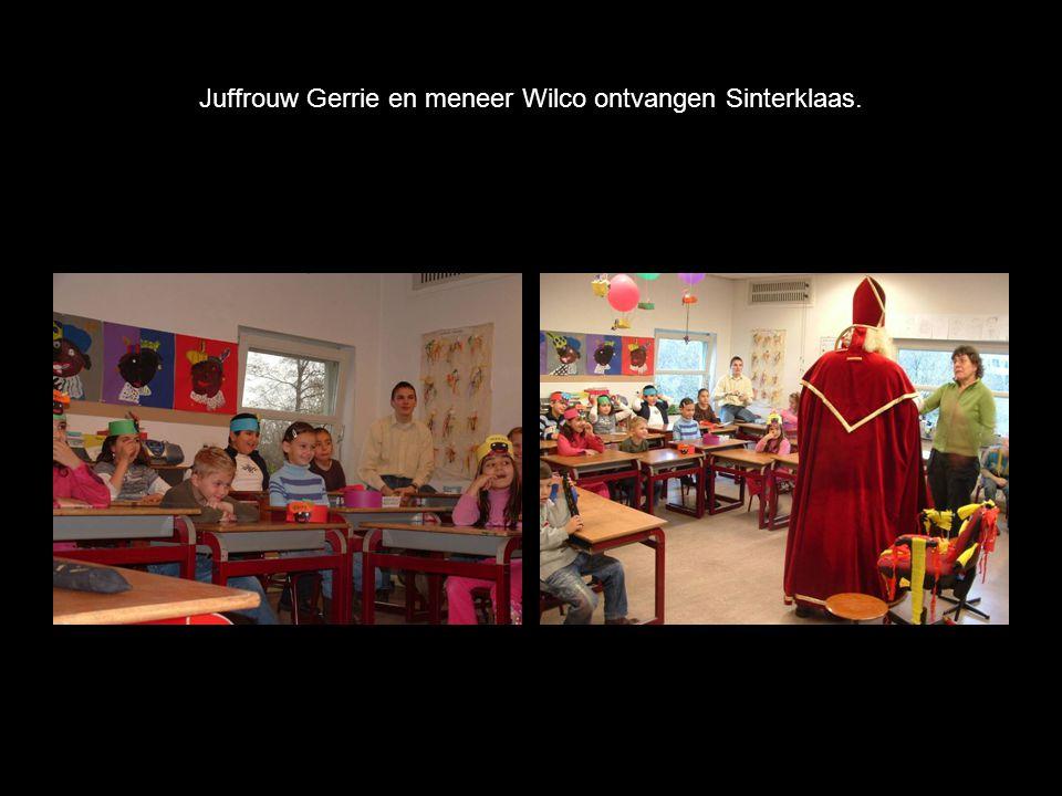 Juffrouw Gerrie en meneer Wilco ontvangen Sinterklaas.
