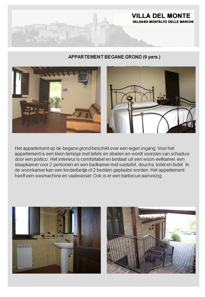 APPARTEMENT BEGANE GROND (9 pers.) Het appartement op de begane grond beschikt over een eigen ingang. Voor het appartement is een klein terrasje met t