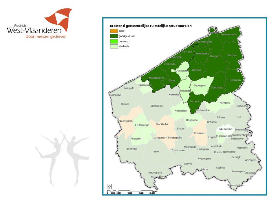 GRS : bepalen van de woonbehoefte  Het ramen van de toename van het aantal huishoudens (gezinnen) tot 2012  Nagaan of deze toename binnen de bestaande woongebieden al dan niet kan  Besluiten : woongebied voldoende woonuitbreidingsgebieden ontwikkelen nieuwe woongebieden bestemmen 4