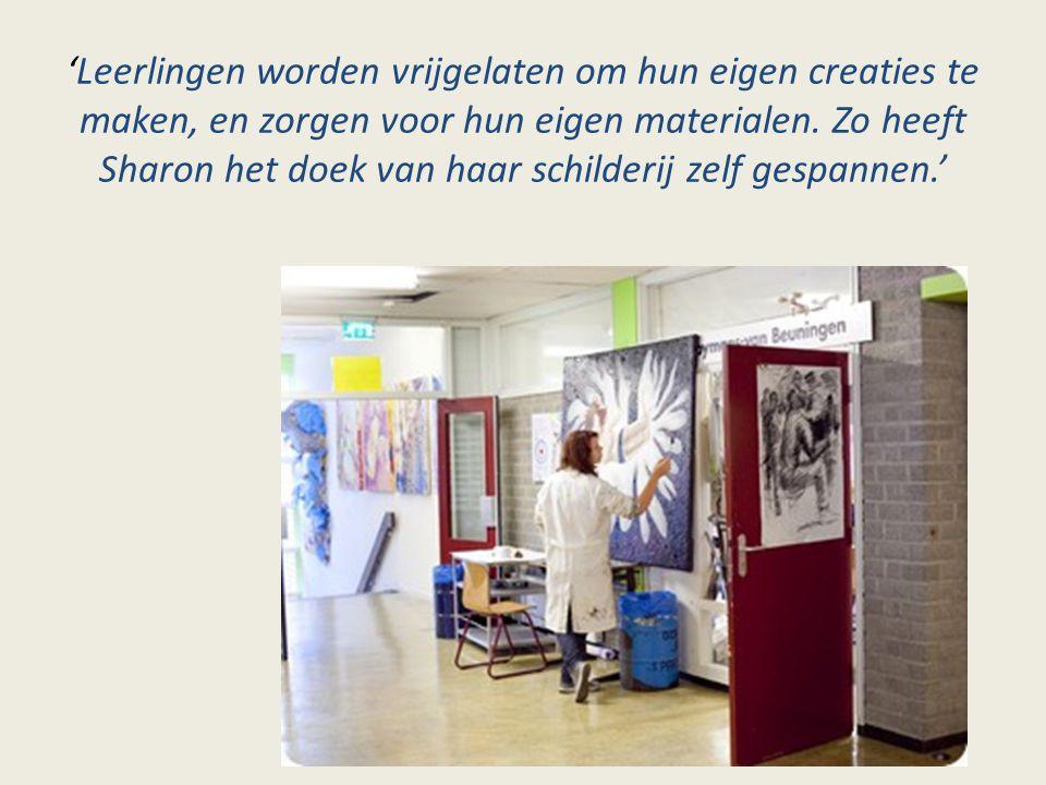 'Leerlingen worden vrijgelaten om hun eigen creaties te maken, en zorgen voor hun eigen materialen. Zo heeft Sharon het doek van haar schilderij zelf